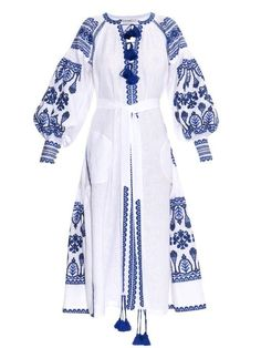 Designer Clothes, Shoes & Bags for Women Fancy Dress Design, Stylish Dress Designs, Stylish Dresses, 70s Outfits, Dress Outfits, Fashion Dresses, Mode Abaya, Mode Hijab, Embroidery Fashion