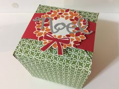 Christmas gift box. On my blog you can find more options and tutorials.