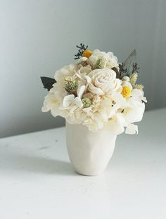 Blanca dried flower arrangement by floresdelsol on Etsy