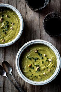 Creamy Broccoli Chickpea Soup