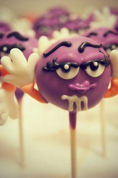 m & m cake pop morado