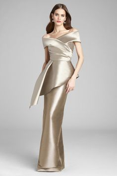 Champagne Mother of the Bride Dresses - für die brautmutter mollig Modern Filipiniana Gown, Filipiniana Wedding, Mothers Dresses, Bride Dresses, Long Sleeve Mermaid Dress, Champagne Gown, Neutral Bridesmaid Dresses, Sequin Formal Dress, Frack