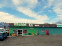 Ruby Peak Natural health food store has organic products, veggies, essential oils, vitamins, and like many place you may stay here FREE WIFI too Gypsy Java downtown and the Library also are free WIFI places too.