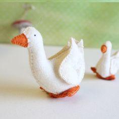 Gluckskafer felt goose - large by Gluckskafer - Cottontails