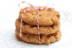 Peanut Butter Cookies!  easy #vegan + #glutenfree recipe!