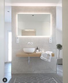 Ideas Bathroom Lighting Scandinavian Toilets For 2019 Bathroom Doors, Bathroom Wallpaper, Bathroom Lighting, Bathrooms, Scandinavian Toilets, Scandinavian Bathroom, Bathroom Images, Small Bathroom, Design Bathroom