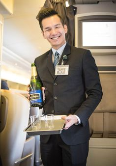 The staff onboard Singapore Airlines are so sweet, and the free flowing champagne in Premium Economy and up isn't half bad either! Kiwi, Travel Guide, Singapore, Melbourne, Traveling By Yourself, Champagne, Success, Writing, How To Plan