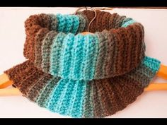 #Crochet Chunky Cow Neck Cowl #TUTORIAL - YouTube