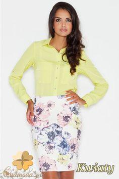 Dopasowana spódniczka mini w kwiaty marki FIGL.  #cudmoda #moda #ubrania #odzież #spódniczki #spódnice