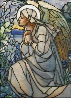 Louis Comfort Tiffany -- Angel in stained glass Stained Glass Angel, Tiffany Stained Glass, Tiffany Glass, Stained Glass Windows, Louis Comfort Tiffany, Leaded Glass, Mosaic Glass, Art Nouveau, I Believe In Angels