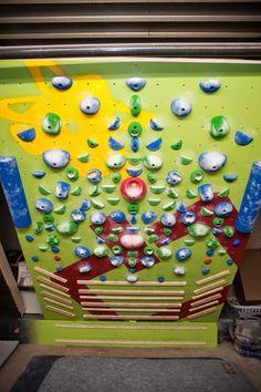 System wall climbing