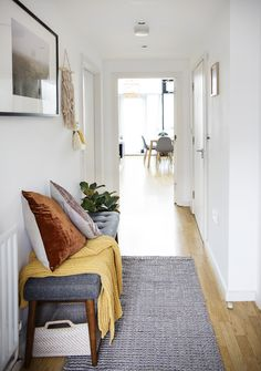 Hallway Makeover with West Elm UK Diy Furniture Videos, Diy Furniture Table, Diy Furniture Plans, Lobby Furniture, Smart Furniture, West Elm, Bungalow Hallway Ideas, Flat Hallway Ideas, Bungalow Decor