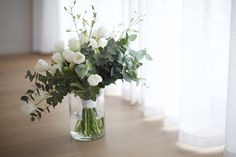 Jaco & Jenine Wedding, Tulip, orchid, penny gum bouquet by Must Love Flowers, photos by Rradvisuals White Tulips, White Orchids, White Flowers, White Roses Wedding, Jaco, Love Flowers, Table Runners, Wedding Bouquets, Knot