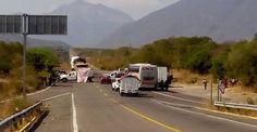 En Mixtequilla continúan exigiendo pagos.