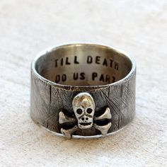 Skull and crossbones pirate ring with personalization - praxis jewelry