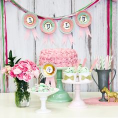 Shop Sweet Lulu - Home | An inspiring selection of baking accessories, all at a great price (cute paper straws)