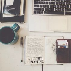 Creative work Space yes please :)))))))) Coffee Staining, Tumblr Photography, Hipster Photography, Book Photography, Study Inspiration, Portrait Inspiration, Study Motivation, My Tumblr, Web Design