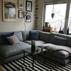 Grå Mammuten modulsoffa. Modul, soffa, djup, rymlig, låg, lougne, möbler, möbel, inredning, vardagsrum, hörnsoffa.