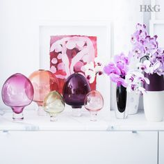 This lovely vignette was captured at the beautiful home of Sydney florist Sean Cook of Mr Cook Flowers. the Glass sculptures are by Amanda Dziedzic from Koskela. Photo by Maree Homer