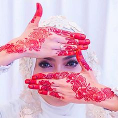 Multiple henna ceremonies, called berinai -Malaysian wedding etiquette: 15 things you should know