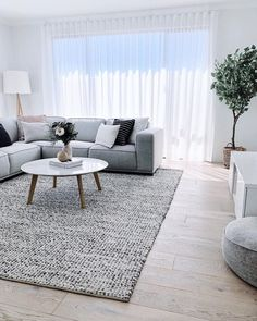 45 amazing gorgeous living room color schemes to make your room cozy 11 - Home Design Ideas Living Room Color Schemes, Living Room Grey, Home Living Room, Interior Design Living Room, Living Room Designs, Living Room Decor, Scandinavian Interior Living Room, Living Room Colors, Living Room Inspiration