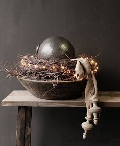 Nepalese old wooden bowl # wooden # bowls – Lighting 2020 Christmas And New Year, Christmas 2019, Rustic Christmas, Christmas Ornaments, Ideas Hogar, Theme Noel, Wooden Bowls, Deco Table, Wabi Sabi