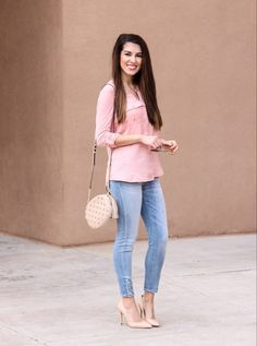 Pretty Peach Top. Jean Leggings with Buttons. Michael Kora Messenger Handbag. Sand Pumps. Casual Style. Dinner outfit. Affordable outfits. Fashion on a budget.