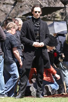 Tom Hiddleston, Jessica Chastain, Charlie Hunnam and Mia Wasikowska film scenes for Guillermo del Toro's new movie 'Crimson Peak' on May 6, 2014. The cast, on location at Dundurn Castle in Hamilton, seemed to be having a fun day shooting together. Jessica Chastain and Tom Hiddleston were fake fighting each other while Mia and Charlie spent the day lying on a blanket together.