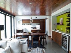 www.hgtv.com/design/decorating/design-101/20-ways-to-decorate-your-home-with-neon-colors-pictures
