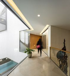 Gallery of Three Gardens House / AGi architects - 20