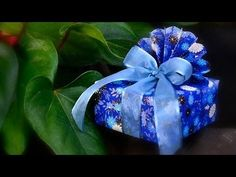 Peacock Style Gift Wrapping - YouTube