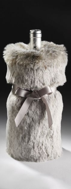 Revel in the luxury and plush softness of our Luxe Faux Fur Wine Bag. Replicating the real furs of channeled mink, Arctic white mink and timberwolf, this wine bag elevates holiday celebrations to the peak of sophisticated elegance and cozy warmth. Wine Bucket, Wine Tasting Party, Holiday Wishes, Christmas Crafts, Christmas Ideas, Wines, Faux Fur, Perfume Bottles, Wine Bags