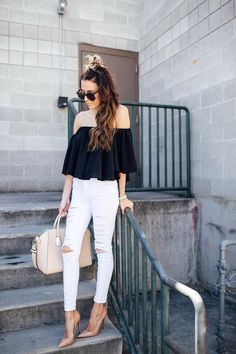 Christine Hello Fashion - Topshop White Jeans, Louboutin Nude Pumps, Off Shoulder Top Outfit Jeans, Ag Jeans, White Outfits, Jean Outfits, Fashion Outfits, Jeans Fashion, Fashion Black, Women's Fashion, Skinny Jeans Style