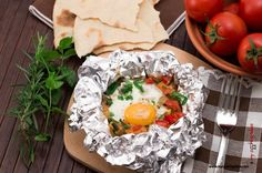 Uova al cartoccio con verdure http://www.mycookingidea.com/2015/05/uova-al-cartoccio-con-verdure/