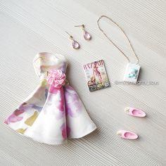 Barbie Doll Accessories, Barbie Shoes, Barbie Dress, Barbie Clothes, Barbie Outfits, Fashion Royalty Dolls, Fashion Dolls, Girls Nail Designs, Fashion Mannequin