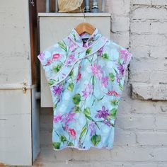cadfcd2c0e Floral cotton cheongsam made by Tracy Feith. Has beautiful lavendar pipping  and is just a. Depop