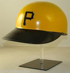 PITTSBURGH PIRATES Full Size Throwback Batting Helmet