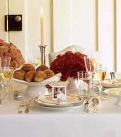Thanksgiving table setting and decor