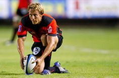 Jonny Wilkinson. What else? Hot Men, Hot Guys, French Rugby, Rugby Pictures, Rugby Sport, Toulouse France, All Blacks, All Team, Kicks