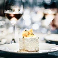 """[PÂTISSERIE ASAKO IWAYANAGI]  Todoroki Tokyo. The pairing """"semi-rare cheesecake with passion fruit and mango"""" with wine """"mufis'13 Marco Sara"""" is terrific. I got new experience of taste. -- 東京 等々力 [パティスリー アサコ イワヤナギ] #極上スイーツとワインを楽しむ会 の撮影をさせていただきました こちらの""""半生チーズケーキ マンゴーとパッションフルーツ添え""""とワイン""""mufis'13 Marco Sara""""のペアリングはちょっとヤバいですよスイーツに対する世界観が変わります そんな煌びやかな大人の世界が表現できたでしょうか -- お菓子を作っている方テーブルコーディネートをされている方クールでアートなスイーツフォトのポートフォリオを一緒に作りませんか興味ある方はお気軽にメッセージください -- #igersjp #instagramjapan #instafood #instagood…"""