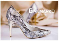 Gianmarko 070/1 Wężowe złoto czółenka Boże Narodzenie