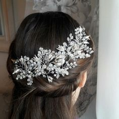 Excited to share the latest addition to my #etsy shop: bridal hair piece with sparkling crystals and silver flowers for your winter wedding #weddinghairpiece #bridalheadpiece #babysbreathhair #bridalhairpiece #crystalhairpiece #flowerhairpin #silverhaipiece #bridalhairvine #weddingheadband http://etsy.me/2A1etTb