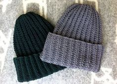 Pipon neuleohje Knitting Patterns Free, Knit Patterns, Free Knitting, Knitting Ideas, Crochet Chart, Knit Crochet, Love Hat, How To Purl Knit, Diy Christmas Gifts