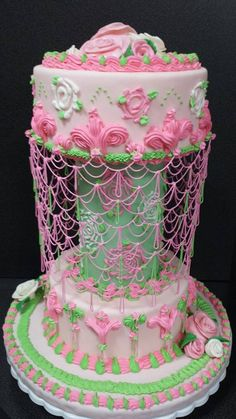 "I call this Pretty Cake ""Chassie"""