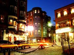 """The North End: Boston's """"Little Italy."""" Filled with sites, smells and tastes we adore."""