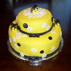Edible Sparkly Fondant Bees and Large Sparkly by TheLilDetails, $14.50