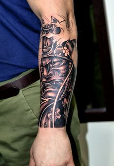 Really incredible forearm tat! – Roman Reiband Really incredible forearm tat! Really incredible forearm tat! Japanese Forearm Tattoo, Japanese Tattoo Sleeve Samurai, Samurai Mask Tattoo, Japanese Tattoo Art, Forearm Sleeve Tattoos, Tribal Sleeve Tattoos, Tattoo Sleeve Designs, Tattoo Designs Men, Tattoo Avant Bras