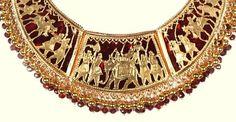 Gold Jewelry, Jewelery, Rajputi Jewellery, Indian Crafts, Antique Necklace, Handloom Saree, Jewelry Patterns, Indian Jewelry, Antique Gold