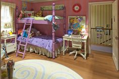 Would love to find a bed like this for Lilly!!    judy moody's cool bedroom !!