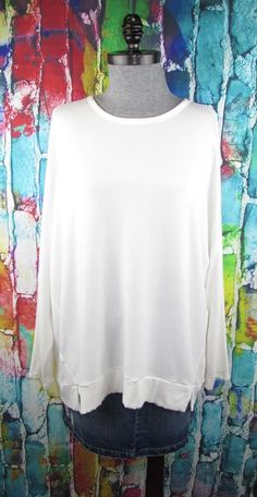 2ea7cdfef6b89 Details about Lou and Grey womens Long Sleeve White Top XL Buttery Knit  Oversized (fit 1X 2X)